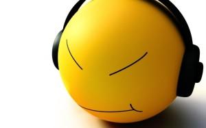 smile_head_headphones_joy_shadow_3866_1280x1024_1024-1024x640